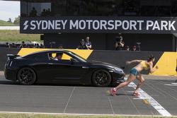 Australian runner Michelle Jenneke races Jeremy Clarkson