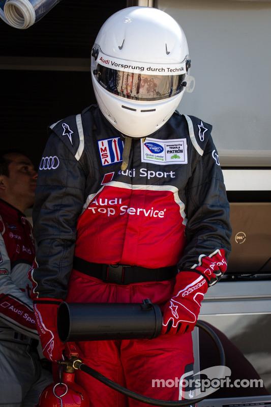 Membro da equipe Audi Sport Team Joest