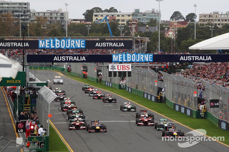 Sebastian Vettel, Red Bull Racing leads at the start of the race