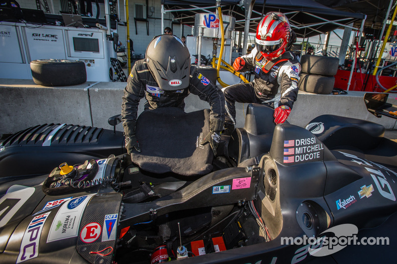 Driver change practice for Chapman Ducote and Tomy Drissi