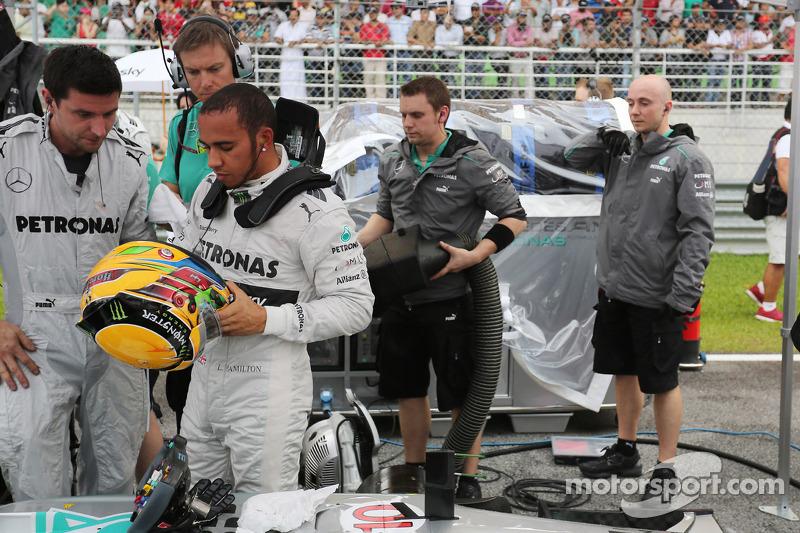 Льюис Хэмилтон. ГП Малайзии, Воскресенье, перед гонкой.