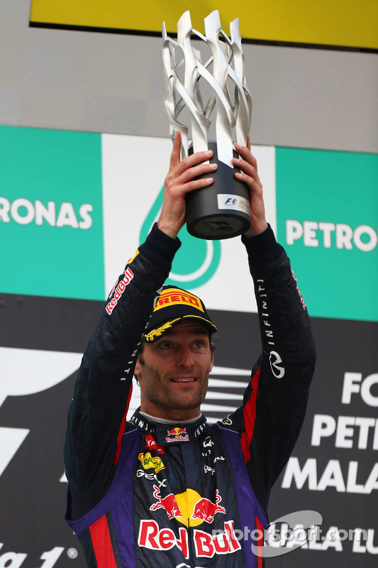 pódio: segundo colocado Mark Webber, Red Bull Racing