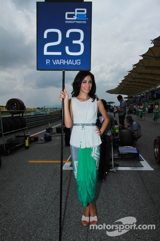 Charmante grid girls
