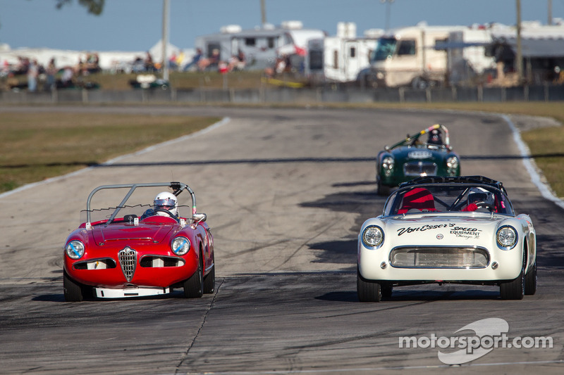 #9 1960 Alfa Romeo Giulia Spyder: Steve Piantieri