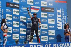 Tom Coronel, BMW E90 320 TC, ROAL Motorsport  race winner