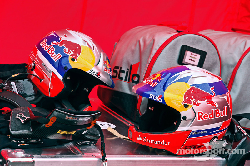 Helmets of Daniel Sordo and Carlos del Barrio, Citroen DS3 WRC, Citroën Total Abu Dhabi World Rally Team