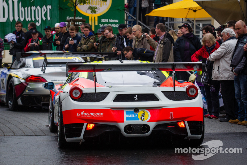 #76 GT Corse Ferrari F458 Italia (SP8)