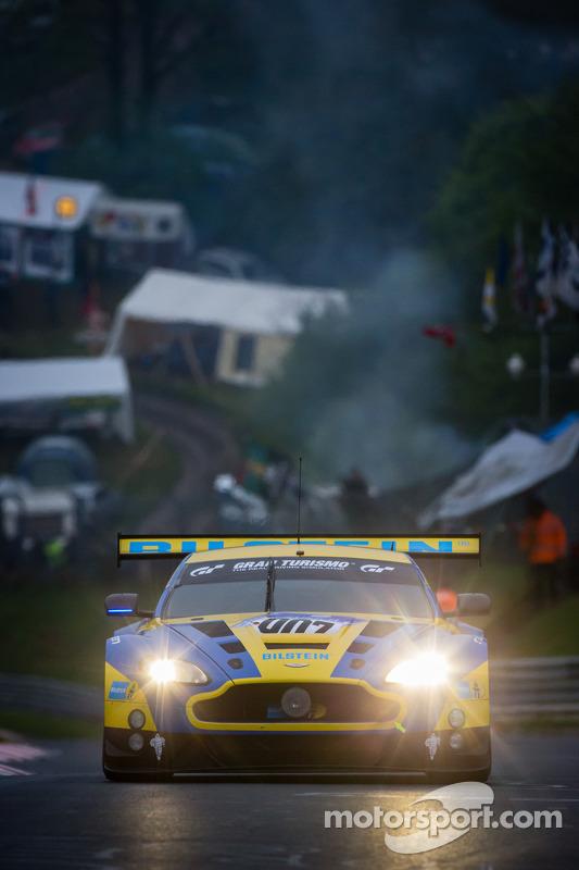 #7 Aston Martin Racing Aston Martin Vantage GT3 (SP9): Darren Turner, Stefan Mücke, Allan Simonsen,