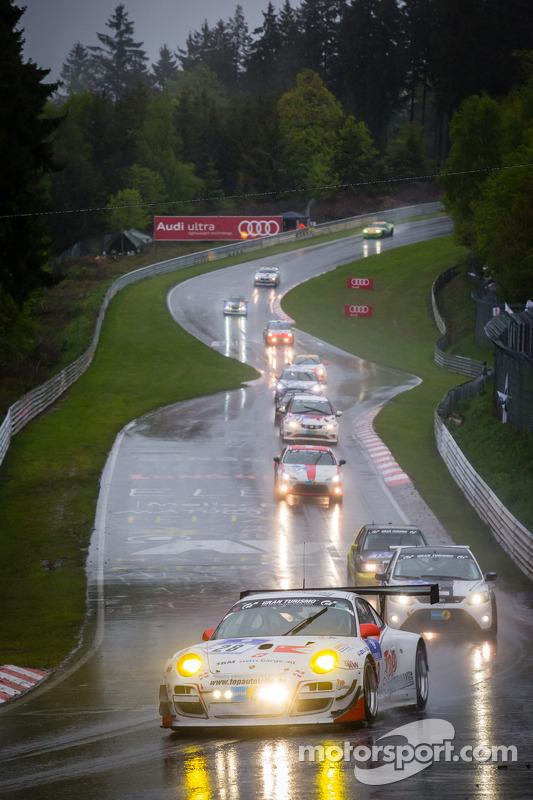#28 Manthey-Racing Porsche 911 GT3 R (SP9): Otto Klohs, Jens Richter