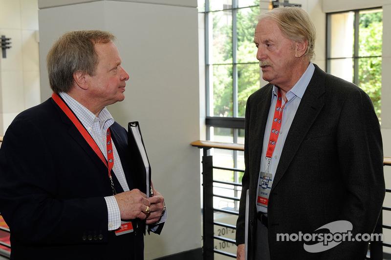 Edsel Ford II talks with Robert Yates
