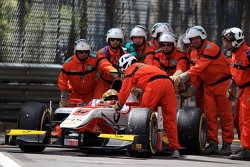 Start of the race, Crash, Daniel Abt