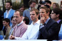 Jenson Button, McLaren com Mike Collier, Personal Trainer, no Amber Lounge Fashion Show