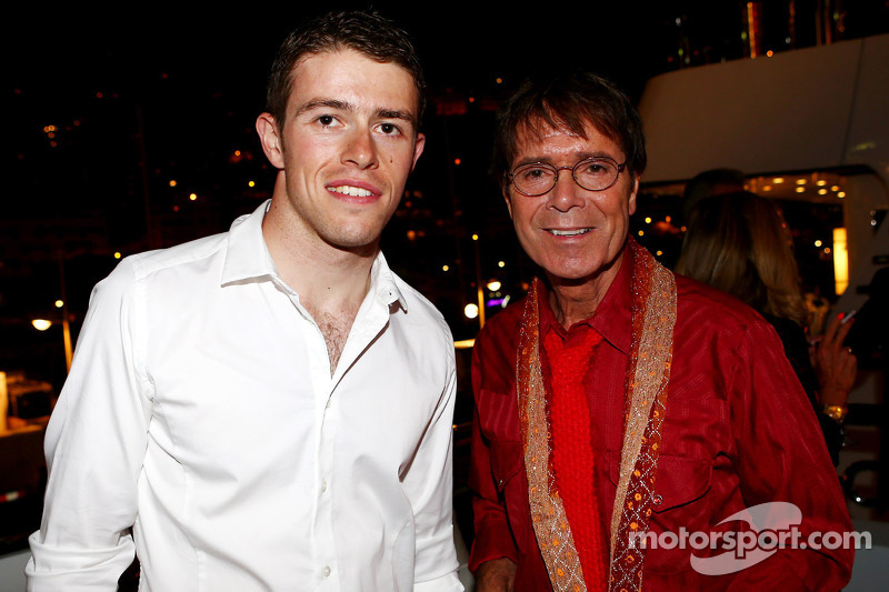 (L to R): Paul di Resta, Sahara Force India F1 with Sir Cliff Richard, Pop Star at the Signature F1