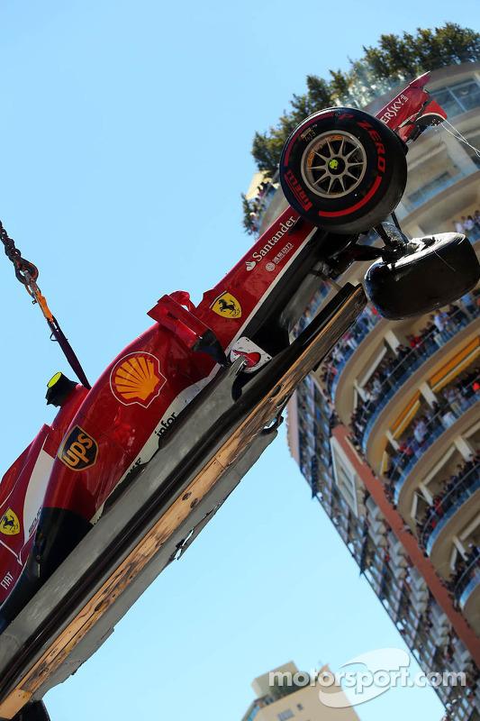 Felipe Massa, Ferrari F138, falhas na Ste Devote