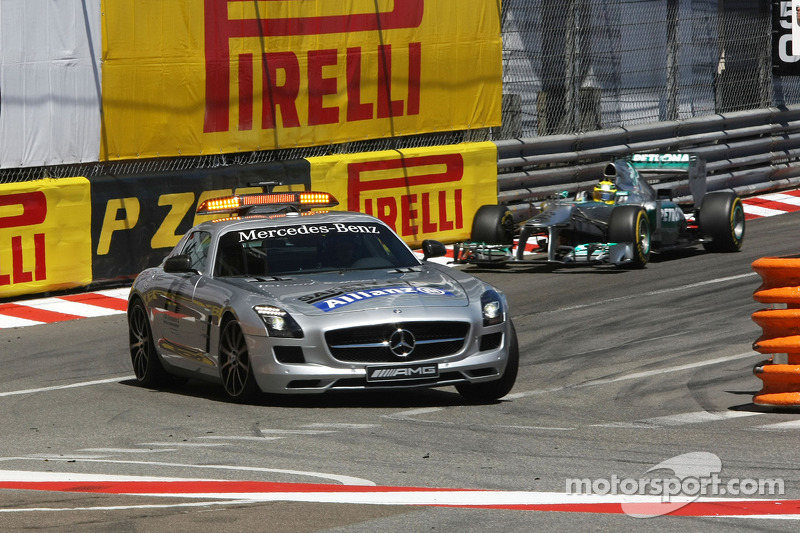 Nico Rosberg, Mercedes AMG F1 W04 leads behind the Safety Car