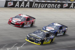 Tony Stewart, David Reutimann, Travis Kvapil