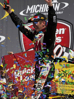 O vencedor Greg Biffle, Roush Fenway Racing Ford