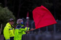 Warm-up termina sob bandeira vermelha, assim como os treinos livres e a classificação