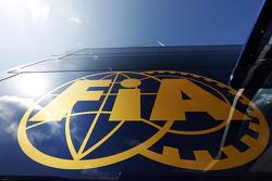 شعار الاتحاد الدولي للسيارات (فيا)