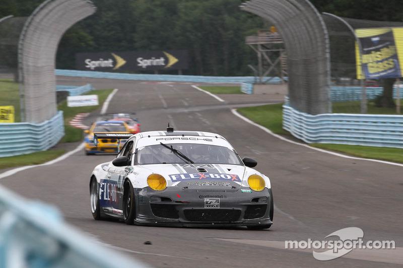 #44 Magnus Racing Flex Box Porsche GT3:  John Potter, Andy Lally, Richard Lietz