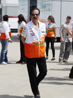 Subrata Roy Sahara Sahara Chairman with the Sahara Force India F1 Team