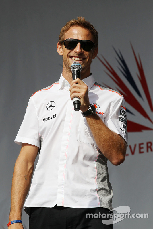 Jenson Button McLaren no show depois da corrida