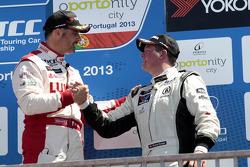 1st Yvan Muller, RML Chevrolet Cruze 1.6 T, 3rd Michel Nykjaer, NIKA Racing Chevrolet Cruze 1.6 T