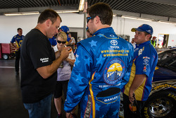 Ryan Newman, Stewart-Haas Racing Chevrolet and Martin Truex Jr., Michael Waltrip Racing Toyota