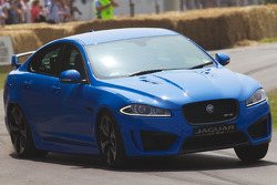 Jaguar XF RS4