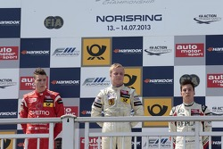 Podium: winner Felix Rosenqvist, second place Raffaele Marciello, third place Alex Lynn