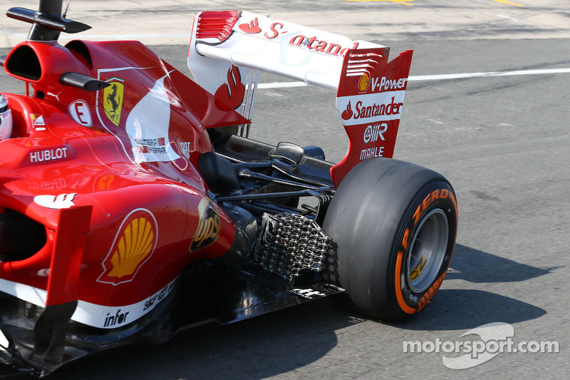 Davide Rigon, Ferrari F2012 Test Driver running sensor equipment at the exhaust
