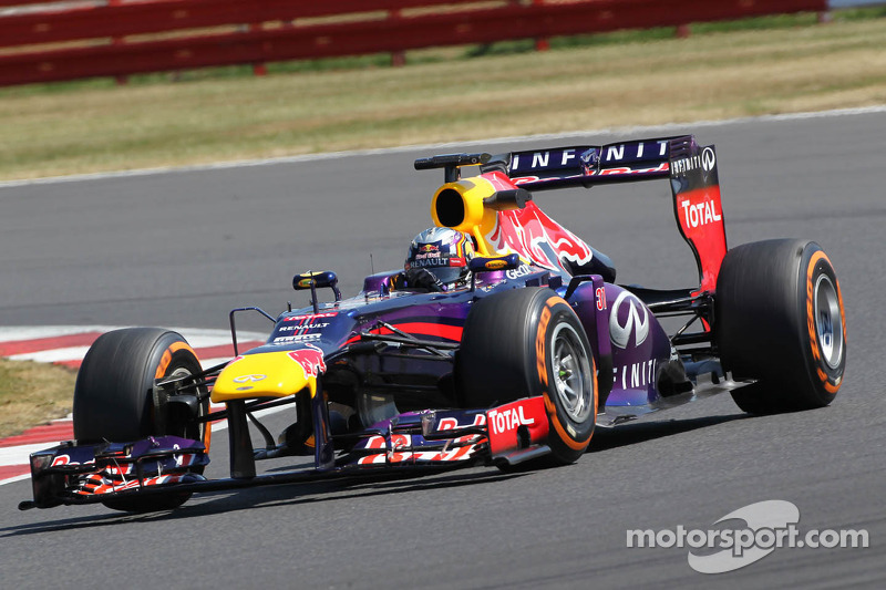 Carlos Sainz Jr., Red Bull Racing RB9 Test Driver