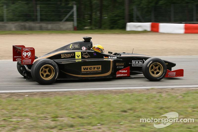 #99 Hans Laub, Lola B99/50 (F3000-1999)