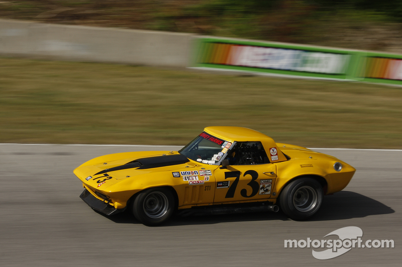 #73 1966 Corvette: Clark Howey