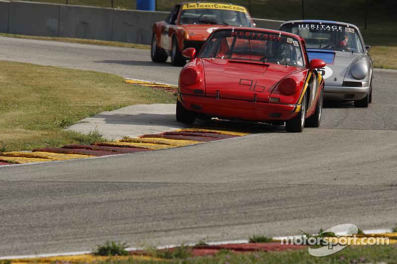 #96 1969 Porsche 911: Blake DeFoor