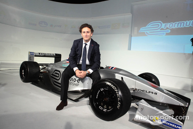 Alejandro Agag, CEO, Formula E Holdings, Bangkok presentatie