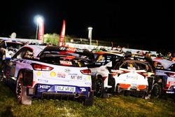 The cars of Thierry Neuville, Nicolas Gilsoul, Hyundai i20 WRC, Hyundai Motorsport, Jari-Matti Latvala, Miikka Anttila, Toyota Yaris WRC, Toyota Racing
