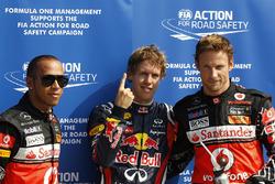 Polesitter  Sebastian Vettel, Red Bull Racing, tweede Lewis Hamilton, McLaren en derde Jenson Button, McLaren