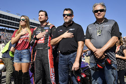 Kurt Busch, Stewart-Haas Racing Ford and Tony Stewart