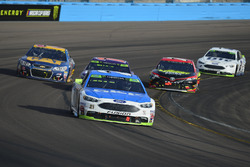 Райан Блэни, Wood Brothers Racing Ford, Райан Ньюман, Richard Childress Racing Chevrolet и Эрик Джонс, Furniture Row Racing Toyota