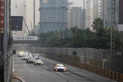 Start action, Maro Engel, Mercedes-AMG Team GruppeM Racing, Mercedes - AMG GT3 leads