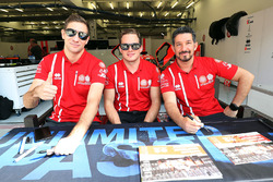 #25 CEFC Manor TRS Team China ORECA 07-Gibson: Roberto Gonzalez, Simon Trummer, Vitaly Petrov