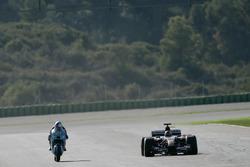 Vitantonio Liuzzi, Team Suzuki MotoGP, et John Hopkins, Toro Rosso