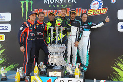 Winners Valentino Rossi, Carlo Cassina, Ford Fiesta WRC, second place Andreas Mikkelsen, Thierry Neuville, Hyundai NG i20 WRC, third place Marco Bonanomi, Gigi Pirollo, Citroën DS3 WRC
