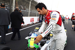 Lucas di Grassi, Audi Sport ABT Schaeffler, on the grid