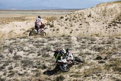 Си-Эс Сантош, Hero MotoSports Team Rally, Hero 450 Rally (№49), Оливье Па, Team Top, KTM 450 Rally (№16)