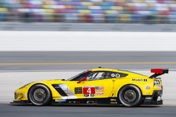 #4 Corvette Racing Chevrolet Corvette C7.R, GTLM: Олівер Гевін, Томмі Мілнер, Марсель Фасслер