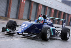 Tes Billy Monger Carlin