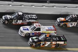 Noah Gragson, Kyle Busch Motorsports, Safelite Autoglass Toyota Tundra and Scott Lagasse Jr., Young's Motorsports, Chevrolet Silverado