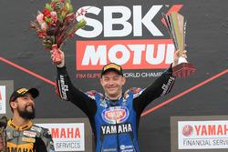 Podio: il vincitore della gara Lucas Mahias, GRT Yamaha Official WorldSSP Team